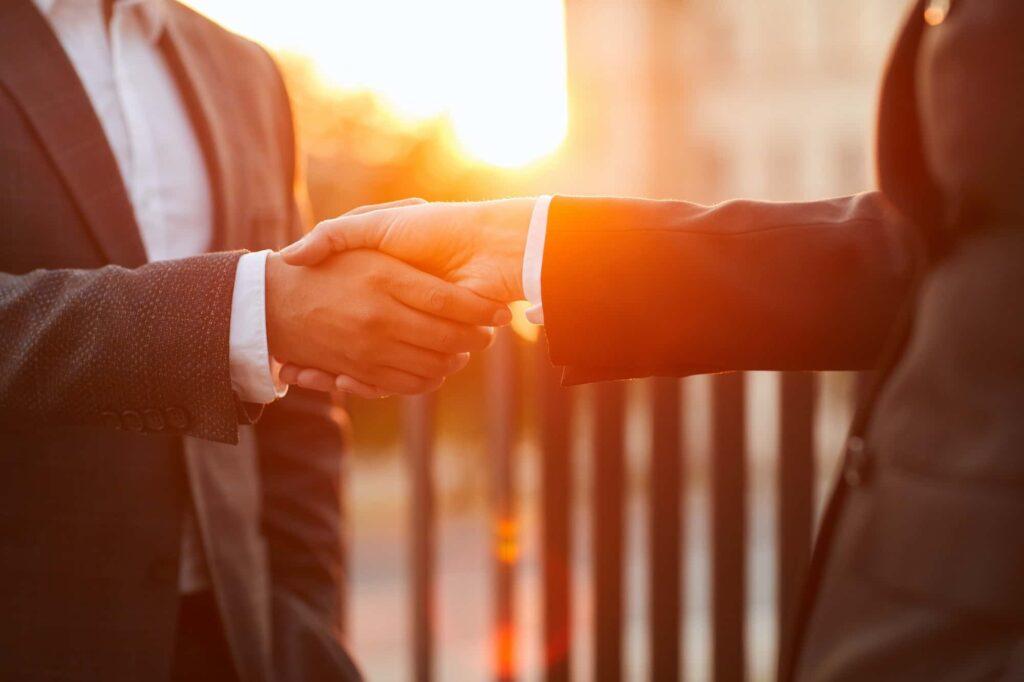 Lavora con CEI GROUP: invia la tua candidatura | CEI GROUP | ceigroup.it
